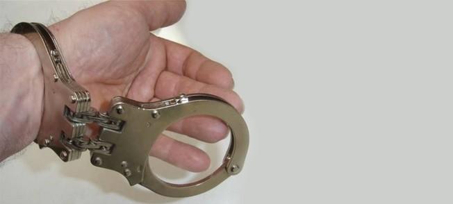 27-jarige drugsdealer aangehouden